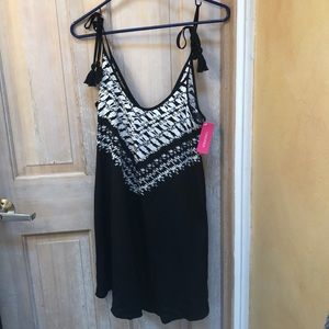 NWT xhilaration black and white summer dress